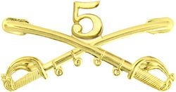 "5th Cavalry Crossed Sabers Badge (2 1/4"")"
